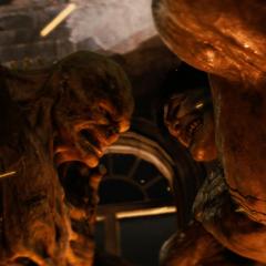 Blonsky confronta a Hulk burlándose.