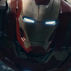 Stark utiliza el Mark XLIII para atacar la instalación de HYDRA.