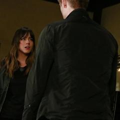 Skye confronta a Campbell.