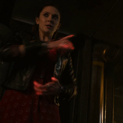 Wanda usando sus poderes.