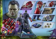 Hulk Nano Gauntlet Hot Toys 21