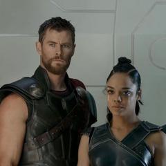 Thor, Banner y Brunnhilde llegan a su apartamento.