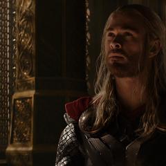 Thor antes de dejar Asgard.