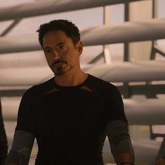 Stark habla del pasado de Klaue.