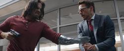 Bucky se acerca a Tony