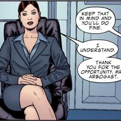 Romanoff infiltrada en Industrias Stark como Natalie Rushman.