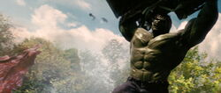 Hulk-Fights-Army
