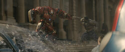 Hulk and Hulkbuster Punch