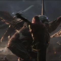 Gamora enfrenta a un Gorila Chitauri.