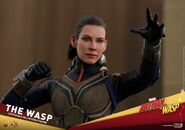 Hot-toys-ant-man-and-the-wasp-the-wasp-collectible-figure-pr1-1119267