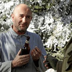 Fennhoff le agradece a Dugan el bourbon.