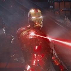 Stark corta la hélice con su láser.