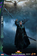 Marvel-thor-ragnarok-hela-sixth-scale-hot-toys-903107-05