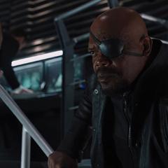 Fury interroga a Thor.