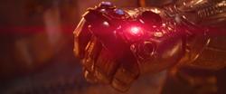 Thanos uses the Reality Stone