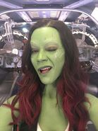 Zoe Saldana Behind the Scenes 1jpg