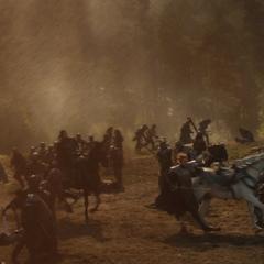 Hogun llega al campo de batalla.