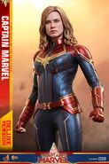Captain Marvel Hot Toys 2