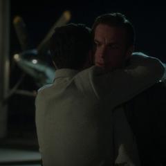 Jarvis recibe la gratitud de Stark.