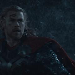 Thor es teletransportado a Jotunheim.