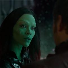 Gamora habla con Quill.