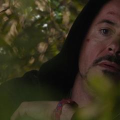 Stark se infiltra en la mansión del presunto Mandarín.
