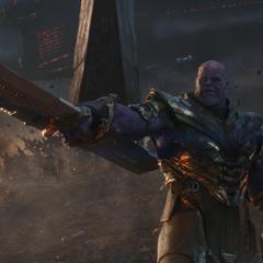 Thanos dirige a sus tropas contra los aliados de los Vengadores.
