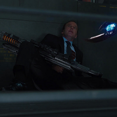 Coulson es asesinado por Loki.