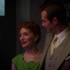 Jarvis y Ana felices de la recuperación de Wilkes.