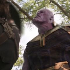 Thanos es confrontado de nuevo por Rogers.