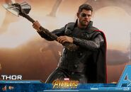 Thor IW Hot Toys 18