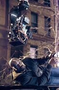 Mike Colter Luke Cage BTS 3
