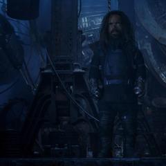Eitri le dice a Thor que el iris de la estrella está apagado.