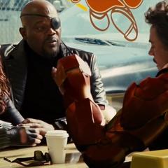 Stark descubre la verdadera identidad de Romanoff.