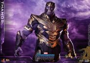 Endgame Thanos Hot Toys 3