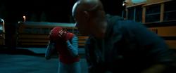 Herman a punto de golpear al Hombre Araña