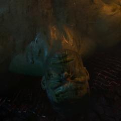 Hulk cae vencido por Thanos.