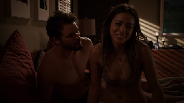 File:Chloe Bennet@Marvels Agents of SHIELD s1e5 hdtv720p 052.png