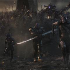 Midnight y compañía confrontan a los enemigos.