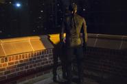 DaredevilS1E1-StandingInTheNight