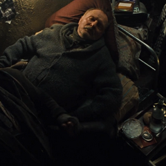 Anton muere frente a Ivan.