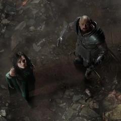 Hela le muestra a Skurge la verdad de Asgard.