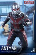 Ant-Man Civil War Hot Toys 13