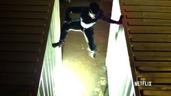Daredevil escapando de los tiros 2