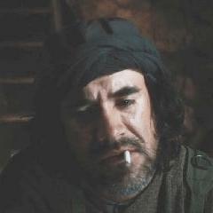 Ray Siegle como Terrorista de los Diez Anillos #2