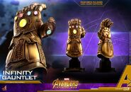 Infinity Gauntlet Hot Toys 8