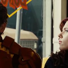 Romanoff tras darle el suero a Stark.