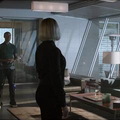 Romanoff y el equipo deciden continuar sin Stark.