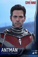 Ant-Man Civil War Hot Toys 3
