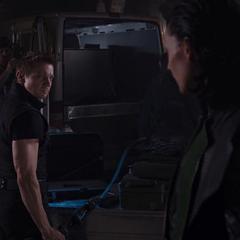 Loki y Barton planean ir a Alamenia para obtener Iridio.